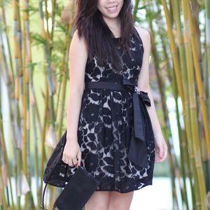 Dresses & Skirts - Black Sleeveless Lace Dress with Zipper Back